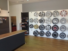 flere alufælge i Horsens dæk center udstilling